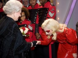 Lady gaga bows to the queen